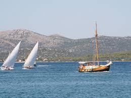 Hms Bounty Sinking Location by Hms Nautilus U0027 U0026 U0027hms Bounty U0027 Betina Self Catering Home With