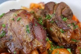 cuisiner souris d agneau au four souris d agneau confites au miel à la cocotte entre prés et chs