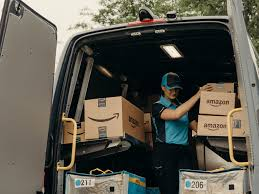 100 Ups Truck Hours Amazon Has A Business Proposition For You Deliver Its Packages