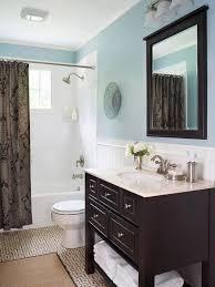 antik schwarzes holz eitelkeit mit soft blau wand farbe mit