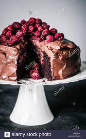 schokolade himbeere kuchen mit kokosmilch ganache