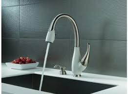 Delta Lahara Faucet Canada by Delta Fuse Delta Faucets Kitchen Faucet Warehouse