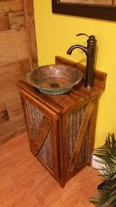 Rustic Barn Bathroom Lights by Best 25 Small Rustic Bathrooms Ideas On Pinterest Rustic Living