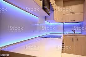 moderne luxus küche mit ledbeleuchtung stockfoto und mehr bilder 2015