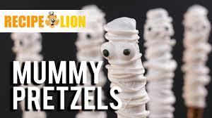 Halloween Pretzel Rods by Halloween Mummy Pretzel Rods Youtube