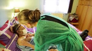 chambre implantable pour perfusion utilisation à domicile d un cathéter à chambre implantable cci