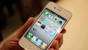 17 year Old Makes $130 000 Selling White iPhone Parts Could Face