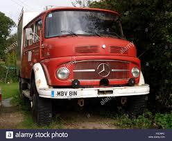 100 Mercedez Truck Old MercedesBenz 911 Truck Cornwall UK Stock Photo 88177892 Alamy