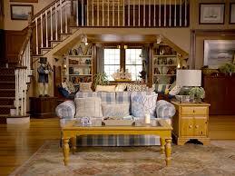 Bobs Furniture Miranda Living Room Set by Fuller House Trailer Re Cut As Horror Movie