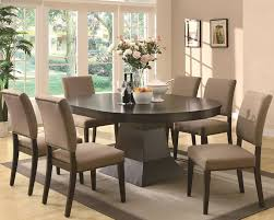 Contemporary Dining Set With Oval Top Table And Parson Chairs