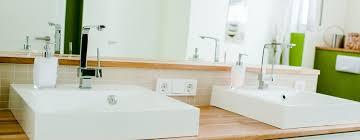 modernes badezimmer mit besonderen akzenten homify