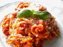 pates a l amatriciana spaghetti all amatriciana les délices de mimm