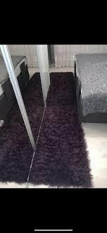 schlafzimmer teppich bettumrandung