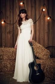 Jenny Packham 2017 Bridal Collection Taylor Sheath Wedding Dress Short Sleeves Flower Applique