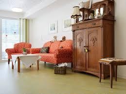 forbo bodenbeläge in wohnbereichen altenpflegeeinrichtungen