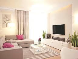 wohnzimmer in weiß und hellbraun gehalten home