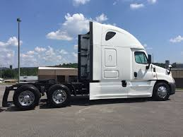 100 Used Freightliner Trucks 2016 CASCADIA At Premier Truck Group Serving USA Canada TX IID 19481768