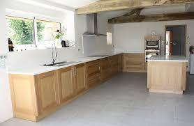 cuisine blanche et plan de travail bois plan de travail cuisine blanc granit plan de travail cuisine 15