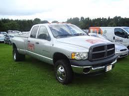 File:2003 Dodge Ram 3500 5.9 Diesel (14013745752).jpg - Wikimedia ...