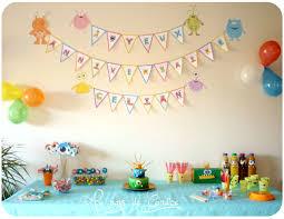 decoration pour anniversaire décoration et jeux pour un anniversaire monstres rigolos au