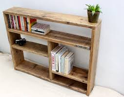19 Smart and Beautiful DIY Reclaimed Wood Projects To Feed Your