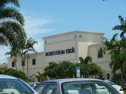 Are You Looking For Good Food & Good Shopping in Boca Raton