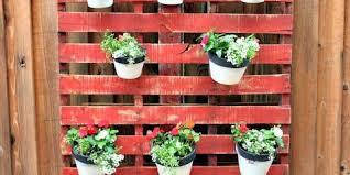 Garden Pallet DIY