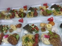 repas bureau plateau repas iranien livraison au bureau photo de tati pouneh