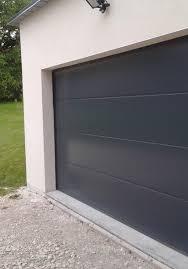 porte de garage sectionnelle s ouvre toute seule voiture auto