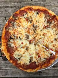 100 Voulas Thea Pizza