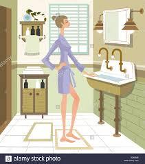 barfuß bademantel badezimmer waschbecken haare