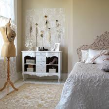 Select The Best Vintage Bedroom Ideas To Get A Unique Look Easily