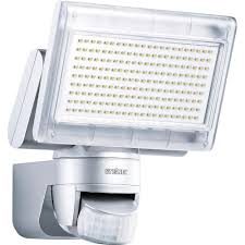 projecteur led extérieur avec détecteur de mouvements steinel xled
