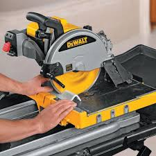dewalt d24000s 10 in wet tile saw with stand