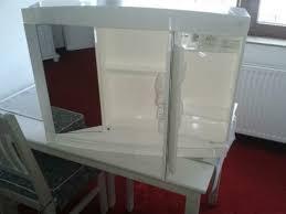 badezimmer spiegelschrank mit led leuchtstoffröhre