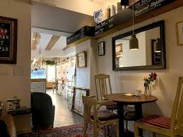 liebevoll und stilsicher eingerichtetes café und barkonzept
