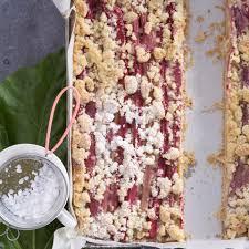 rhabarberkuchen rezepte für den frühling brigitte de