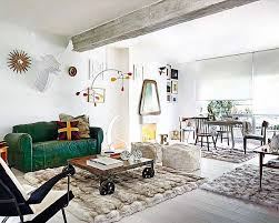 Teal Living Room Walls by The 25 Best Green Leather Sofa Ideas On Pinterest Metal Sofa