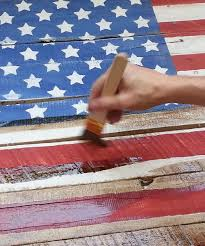 make a rustic americana flag out of pallet wood with these 7 steps