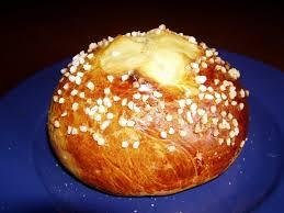 cuisine juive alg駻ienne recette de mouna oranaise de pâques la recette facile