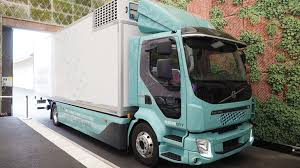 Volvo Premieres Electric Truck Aimed At Refuse, Urban Distribution ...