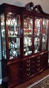 Thomasville China Cabinet Hardware Mahogany And Dining Set 8 Pieces Queen Room Chandeliers Modern