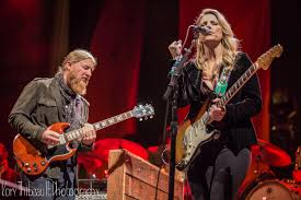 Tedeschi Trucks Band Get Summer Started Early At The Greek With ...