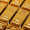Gold price hits record high on new fears for the economy - CNN