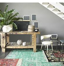 layering area rugs