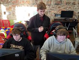 Gamers Gain Friends, Skills, Opportunities Through Esports ...