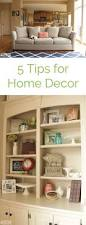 Decorating Bookshelves In Family Room by 36 Best Christmas Bookcase Decor Ideas Images On Pinterest