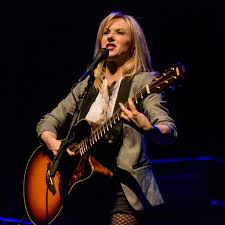 Smashing Pumpkins Guitarist Female by Six Pics Smashing Pumpkins And Liz Phair At Lincoln Theatre
