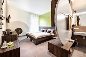 hochwertige badezimmerausstattung picture of eee hotel