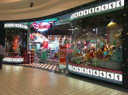 Spirit Halloween Locations Brandon Fl by The O G Of Disney Stores In Cindy U0027s Shoes